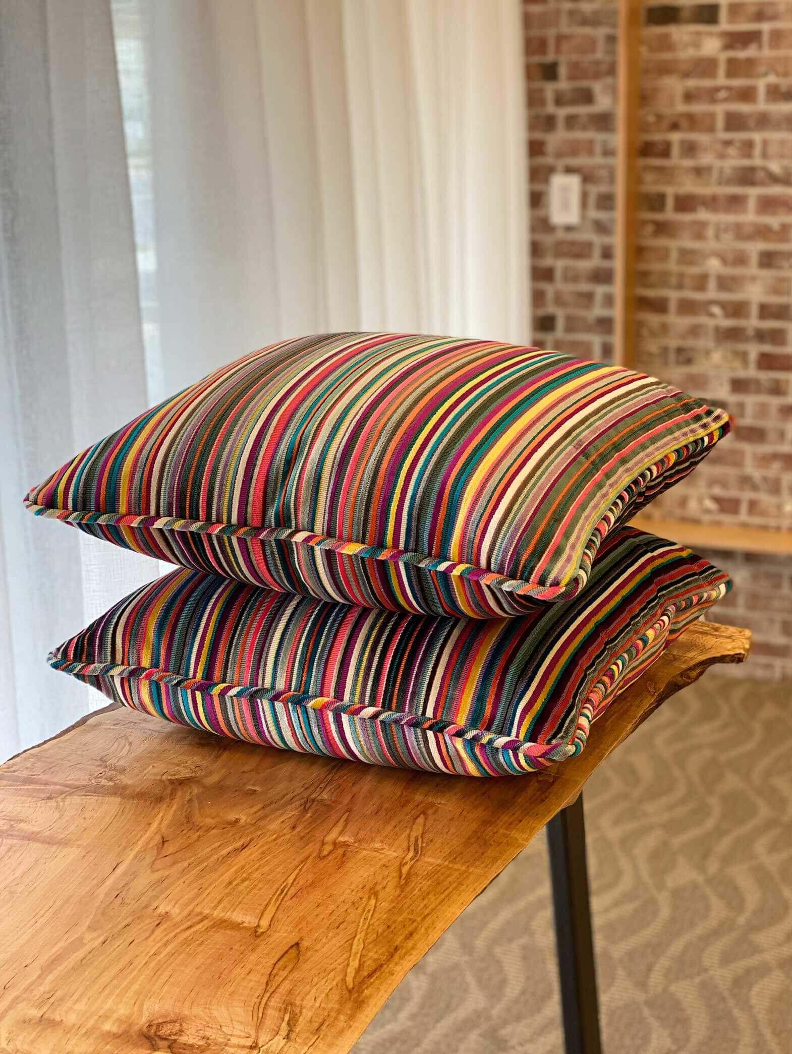 14-multi-colored-pillows1