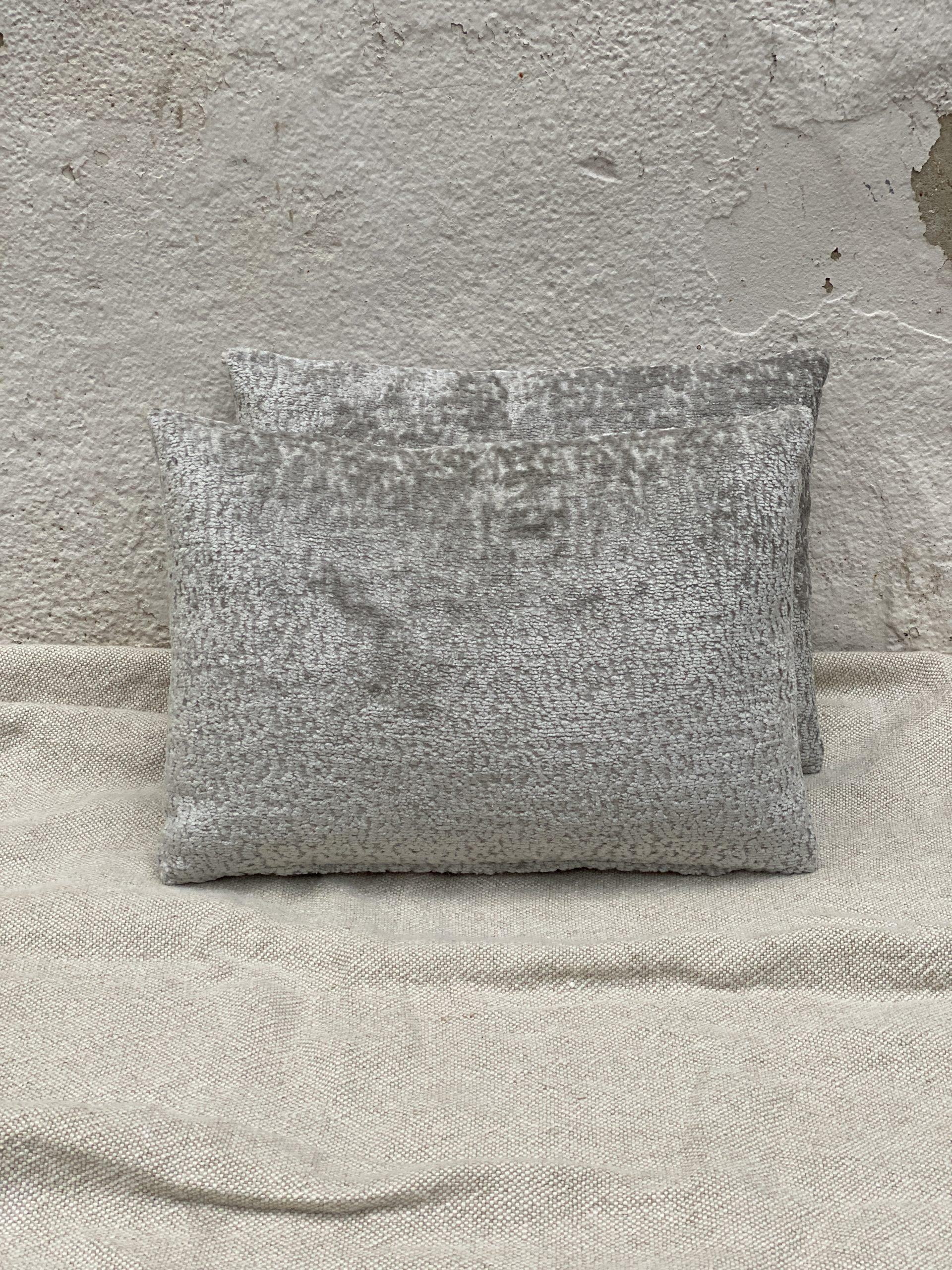 Pindler Pillow