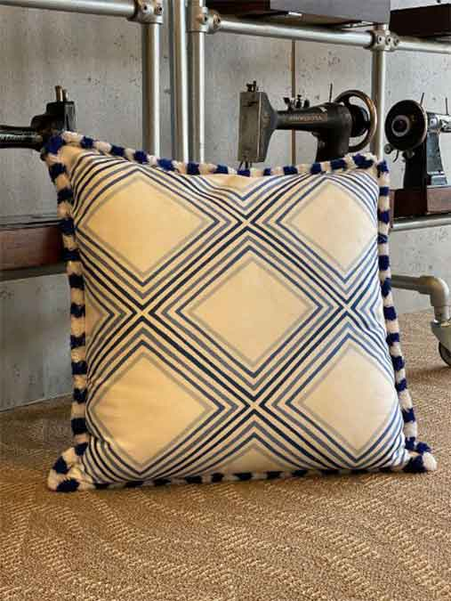 15-blue-pillows1
