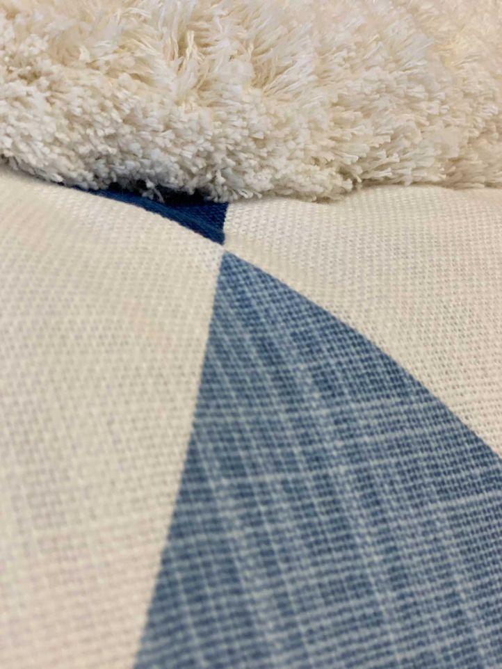 16-blue-pillows3