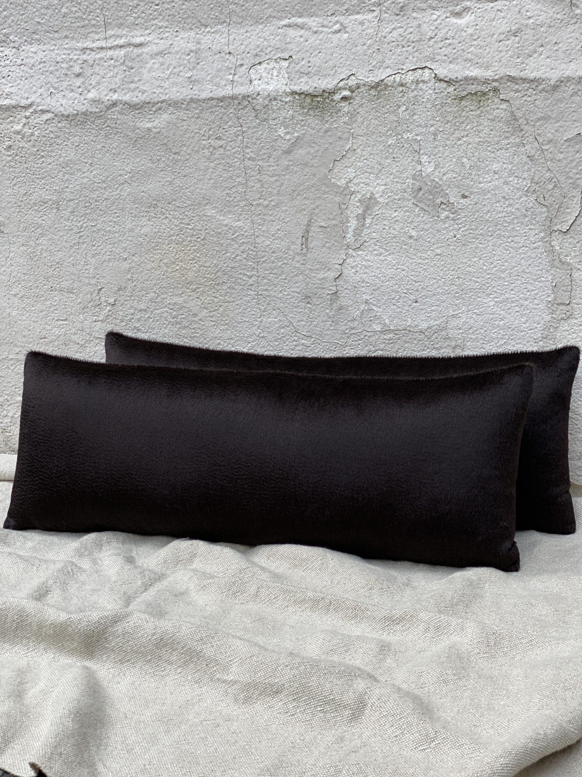 Hendrick Interiors Pillows
